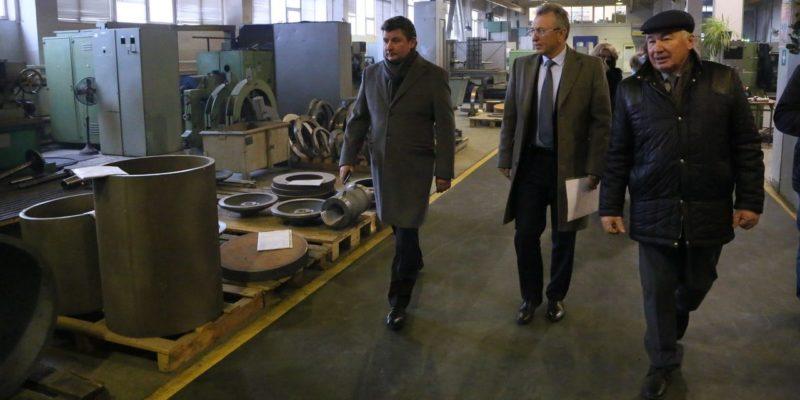 Глава администрации Виктор Мельников встретился с коллективом предприятия «Атоммашэкспорт»