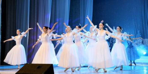Виктор Мельников поздравил молодежь Волгодонска с Днем российского студенчества