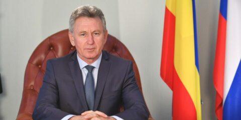 Не выходите из дома: глава администрации Волгоднска Виктор Мельников объявил о введении  режима полной самоизоляции