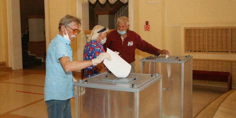 Виктор Мельников поблагодарил горожан за активность: более 82% голосовавших волгодонцев поддержали поправки в Конституцию