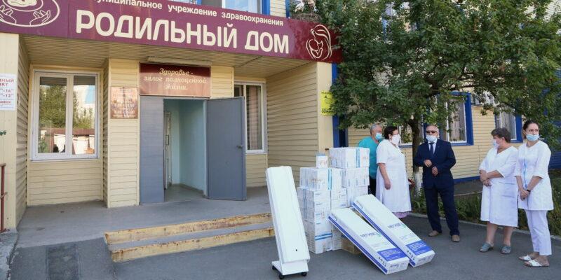 Атоммаш передал благотворительную помощь городскому роддому – рециркуляторы, средства защиты и продуктовые наборы