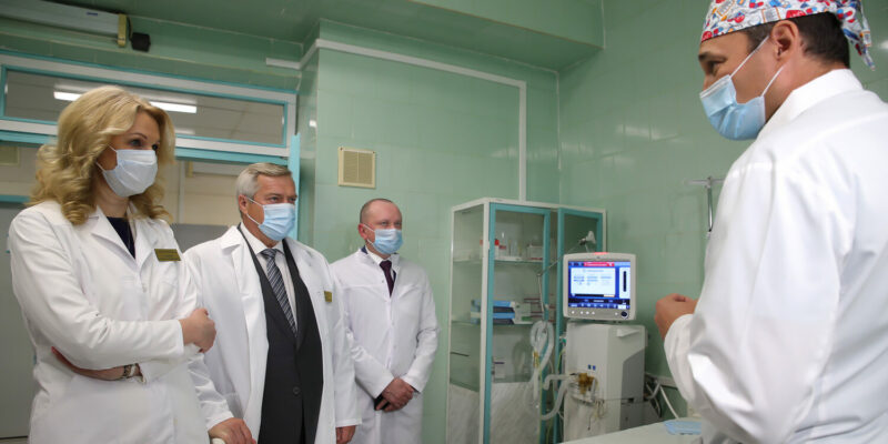 Вице-премьер Татьяна Голикова и губернатор Василий Голубев обсудили планы развития донского здравоохранения