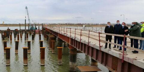 Виктор Дерябкин дал высокую оценку темпам и качеству строительства третьего мостового перехода