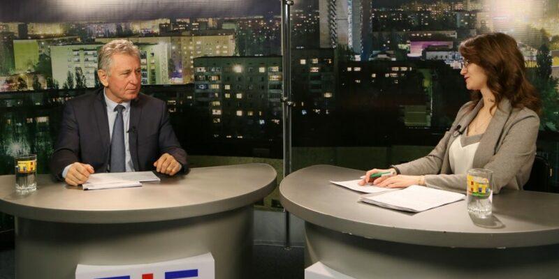 Глава администрации Волгодонска Виктор Мельников рассказал об основных итогах деятельности за год в эфире телекомпании «Волгодонский Вестник»