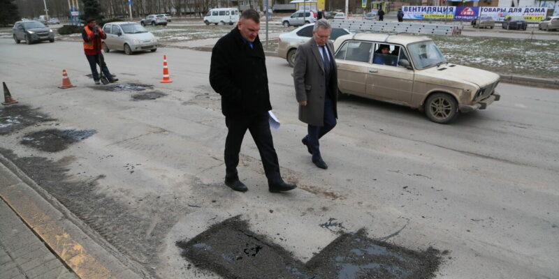 Виктор Мельников: о ямочном и текущем ремонте городских дорог в 2021 году