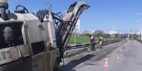 В Волгодонске приступили к масштабным работам по локальному и ямочному ремонту дорог
