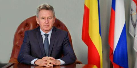 Глава администрации Волгодонска Виктор Мельников поздравил горожан с Днем строителя